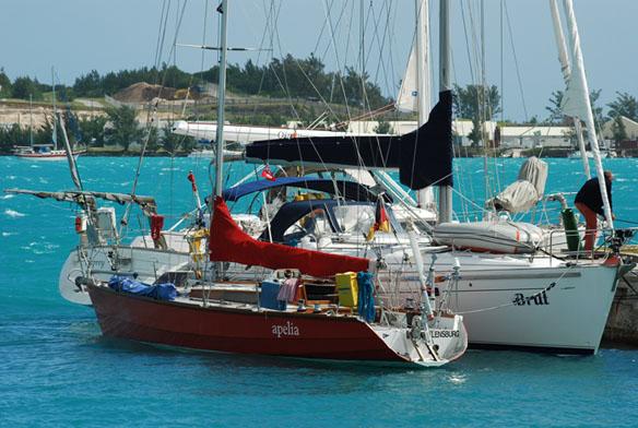 Depressie afwachten op Bermuda
